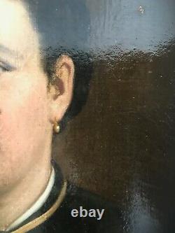 HST HUILE SUR TOILE PORTRAIT DE FEMME AU BIJOUX CADRE BOIS DORÉ EPOQUE XIXème