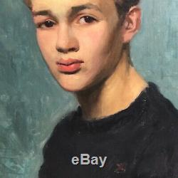 Portrait d'un jeune homme années 1930-1940 en pull marin